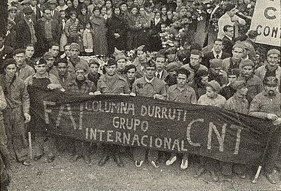 Délégation du droupe international à l'entrrement de Durruti